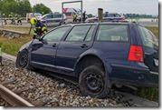 Verkehrsunfall auf der B3 - Lenkerin durchschlug Maschendrahtzaun